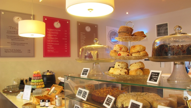 186496-cakes-inside-cup-aberdeen